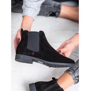 FILIPPO DBT1083/19B Zajímavé dámské černé kotníčkové boty na plochém podpatku - EU 36