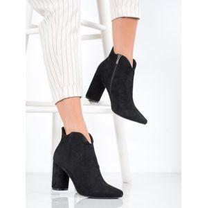 FILIPPO DBT1538/20B Exkluzívní dámské černé kotníčkové boty na širokém podpatku - EU 36